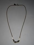 Ancienne Chaîne AVON MADE IN IRELAND Et 3 Perles - Long Total 41,5 Cm Env - Pendenti