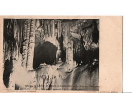 Grottes De SAINT-MARCEL D'ARDECHE -  La Salle Des Colonnades. Photo Prise Au Magnésium. Voir SCANS Recto-verso - Frankreich