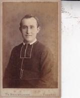 TOURNAI Photo CDV BRACKELAIRE Curé Ou Frère  Années 1870 - Anciennes (Av. 1900)