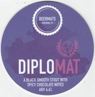 BEERMATS BREWING CO  (NEWARK, ENGLAND) - DIPLOMAT BLACK SMOOTH STOUT - PUMP CLIP FRONT - Letreros