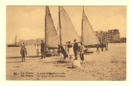 A1341[Postkaart] De Panne - Het Strand En De Zeilwagens (Nels, Thill) [zeilwagen Char à Voile Chars La Plage] - De Panne