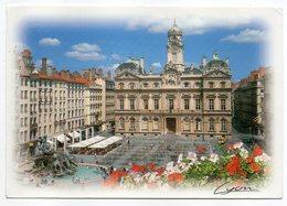 """LYON --1996--Place Des Tereaux-Fontaine Bartholdi Et L'Hôtel De Ville  --cachet Lyon """"Terre D'amitié""""--GUIGNOL - Lyon"""