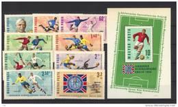 T 241  -  Hongrie  :  Yv  1832-40  +  Bloc  59  **  Foot - Coupe Du Monde
