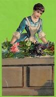 CHROMO Découpi Gaufré Fin XIXe ** LA FLEURISTE ** Femme Woman Fleurs Flowers - Fleurs