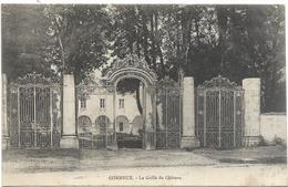 70 CORNEUX La Grille Du Château - Francia