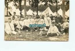 GUERRE 1914-18 - WW1 - CARTE PHOTO - 77 éme Régiment Infanterie - Caserne CHOLET - FONTEVRAULT - Manoeuvre ILE BOUCHARD - Regimientos