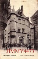 CPA - USSEL 19 Corrèze - L'Ancien Presbytère, Parvis Bien Animé En 1915 - Col. EYBOULET  Frères - Ussel
