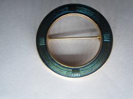 ANCIENNE BROCHE RONDE De Couleur Bleu Vert - Spille