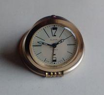 Vintage Alarm Clock Horloge Réveil Slava USSR URSS 70's - Despertadores