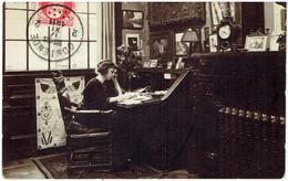 OSTENDE - Carte Photo Villa René - Binnenzijde Waarschijnlijk De Afzender Zelf - 1911 - Oostende