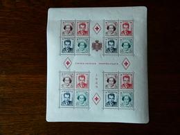 MONACO Bloc Feuillet 1949  N° 3A  Neuf Avec Gomme Et 2  Petites Traces De Charnière Cote 315 €  MLH - Blocks & Sheetlets