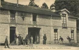 52 - SAINT BON - Ecole Pratique D'agriculture - Cour De L'Ecole - Eleves En Récréation En 1918 - Francia