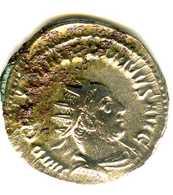 Monnaie Romaine à Identifier - 5. L'Anarchie Militaire (235 à 284)