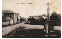 Saône Et Loire IGE L'entrée Du Village - Altri Comuni