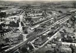 59 - HAZEBROUCK - Vue Aerienne Sur La Poste Et La Gare En 1961 - Hazebrouck