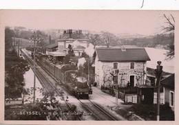 J9 - 01 - SEYSSEL - Ain - La Gare Intérieure - Train - Locomotive - Seyssel