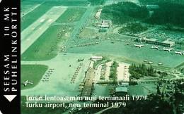 FINLAND / Turku Airport P13c 100 Ex. Mint - Finlande
