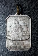 """Pendentif Médaille Religieuse Ancienne """"Le Mont Saint Michel / Saint Christophe"""" Normandie - Religion & Esotericism"""