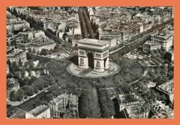 A691 / 003 75 - PARIS En Avion Sur Paris Arc De Triomphe - France