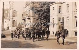 CARTE PHOTO ARNHEM 1940 BEGRAFENIS OBERLEUTNANT ERICH FISCHER - 4 - Arnhem