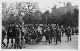 CARTE PHOTO ARNHEM 1940 BEGRAFENIS OBERLEUTNANT ERICH FISCHER - 3  JANSBUITENSINGEL - Arnhem