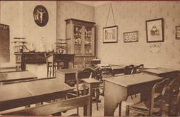 Zele. Een Klas Pensionnat Des Soeurs De Notre-Dame. Kostschool Van Der Zusters Van O.L.Vrouw - Zele