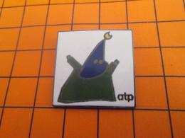 2119 Pin's Pins / Beau Et Rare / Thème AUTRES / PERE UBU ? ATP - Autres