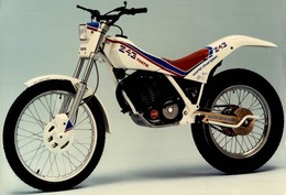 Fantic 243  +-21cm X 15cm  Moto MOTOCROSS MOTORCYCLE Douglas J Jackson Archive Of Motorcycles - Foto's