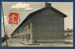 France - Carte Postale - Bouches Du Rhône - Salin De Giraud - Rue De La République - Solvay - France