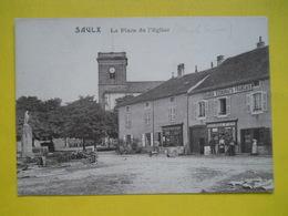 Saulx ,place De L'église ,état - France