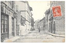 Cpa...Saint-jean-de-Bournay...(Isère)...la Grande Rue...animée...1910...(café-restaurant Fuzier)... - Saint-Jean-de-Bournay