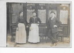 Clichy- Façade De Café Avec Ses Propriétaires 53 Boulevard Victor Hugo -carte Photo - Clichy