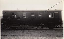 Photo Originale Train Fourgon Poste Pour Chemins De Fer Italien Biella Italie Par Energie à Marcinelle - Trains