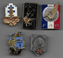 Lot De 15 Insignes Militaires - Prix : 26 €  + Port  En Lettre Suivie 4 € ( Uniquement En France Métropolitaine ) - Insignes & Rubans
