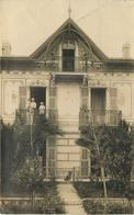 CARTE PHOTO - Villa , Cachet De Départ Villefranche Sur Mer,carte à Localiser. - A Identifier