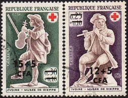 Réunion Obl. N° 378 Et 379 - Croix Rouge - Ivoires Du Musée De Dieppe - Réunion (1852-1975)