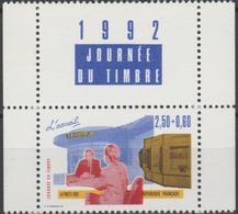 FRANCE 1992 JOURNEE DU TIMBRE. Yvert N° 2744 Avec Logo Millesime Attenant Issu Du Carnet. ** Neuf Sans Charnière. MNH - France
