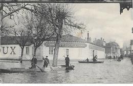 12/18       71    Macon   Inondations De Janvier 1910   Imprimerie  PERROUX    (animations) - Macon