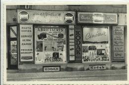 CP.Bruxelles-Schaerbeek (ex-Collection DELOOSE) - A. BRIEFFAERTS Au 151 Place Pavillon - Photo Cinéma Kodak Gevaert - W0 - Schaarbeek - Schaerbeek