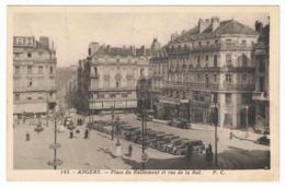 ANGERS Place Du Ralliement Et Rue De La Roë - Angers