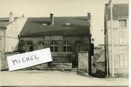 Ardennes. BEAUMONT En ARGONNE. 1956. Le Bureau Des Postes - Fotos
