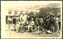 ARBE RAB BADEGAESTE IN FRONT OF KOLONADE OF BADEORT 1930 Foto Zaza Pansion Ribaric Right In Backside Carnaro Croatia RPC - Croatia
