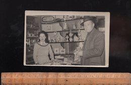 Vendeuse Magasin De Jouets Jouet Parfums Journaux Commerce 1948 - Paysans