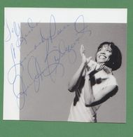 DEE DEE BRIDGEWATER AUTOGRAPH / AUTOGRAMM   In Person Signed Glossy Photo 11,7/10,6 Cm *JAZZ* - Autographes