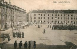 Bx89263 Metz_Moselle Ludwigskaserne Soldaten Militaer Metz_Moselle - Metz Campagne