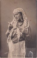 Egypte - Egypt - Femme Egyptienne - Costume Traditionnel - Persons