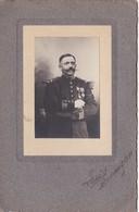 Photographie Sur Carton - Soldat 8ème Régiment D'Infanterie à Saint-Omer (62) - Officier - Identifié ? - Krieg, Militär