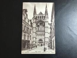 16 - LISIEUX Cathedrale Saint Pierre, Portail Sud - 1921 - Lisieux