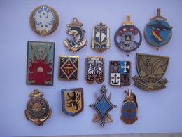 Lot De 14 Insignes Militaires Divers  !!! - Armée De Terre