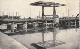 11 - Port La Nouvelle - Le Pont Levis Et Le Nouveau Barrage - Port La Nouvelle